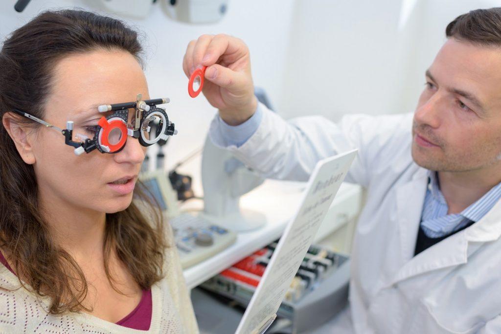 choroby wzroku - zaćma wikłająca